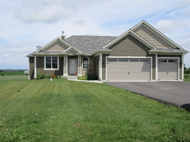 2705 Sterling Drive, Mchenry, IL 60050