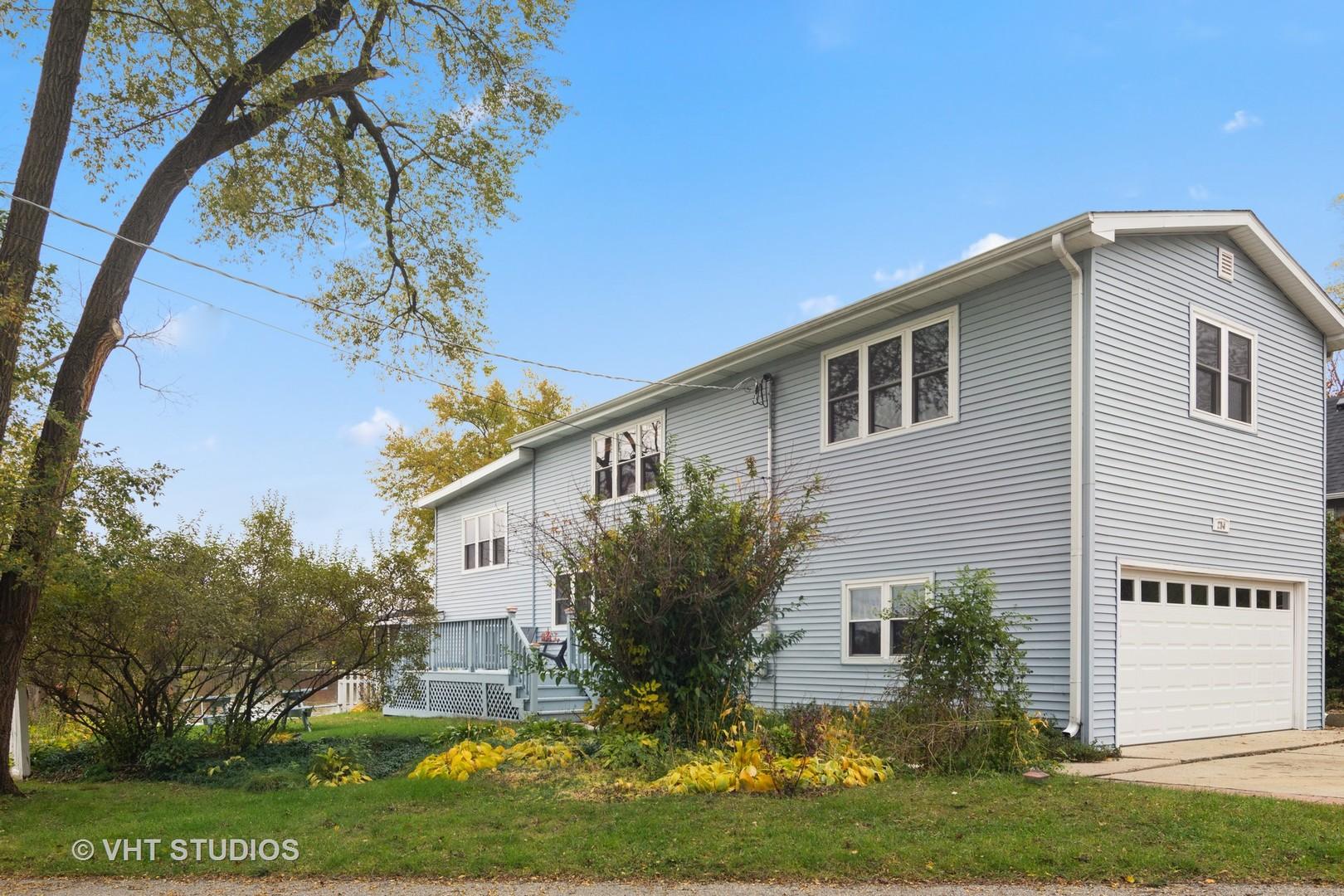 3625 Brierhill Drive, Island Lake, IL 60042
