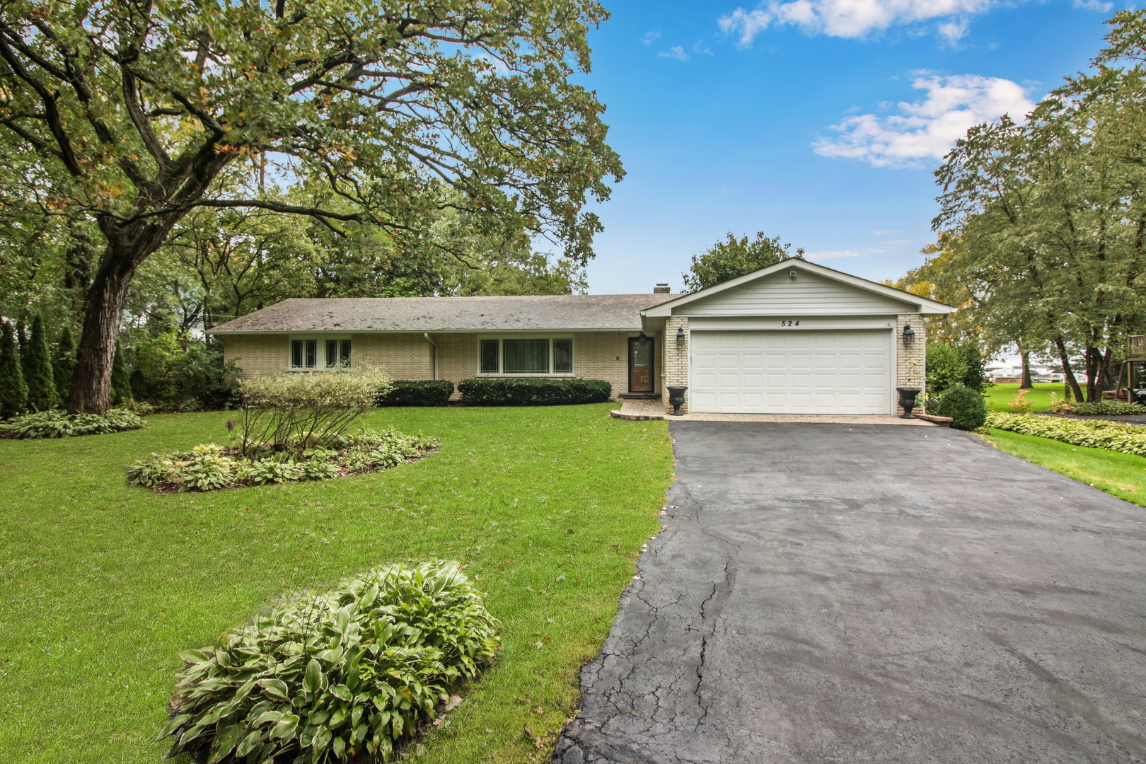 524 Bayview Court, Mchenry, IL 60051