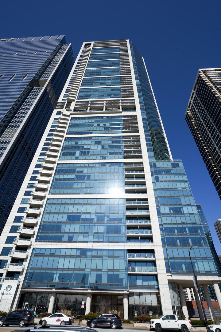 340 E Randolph Street, Chicago, IL 60601