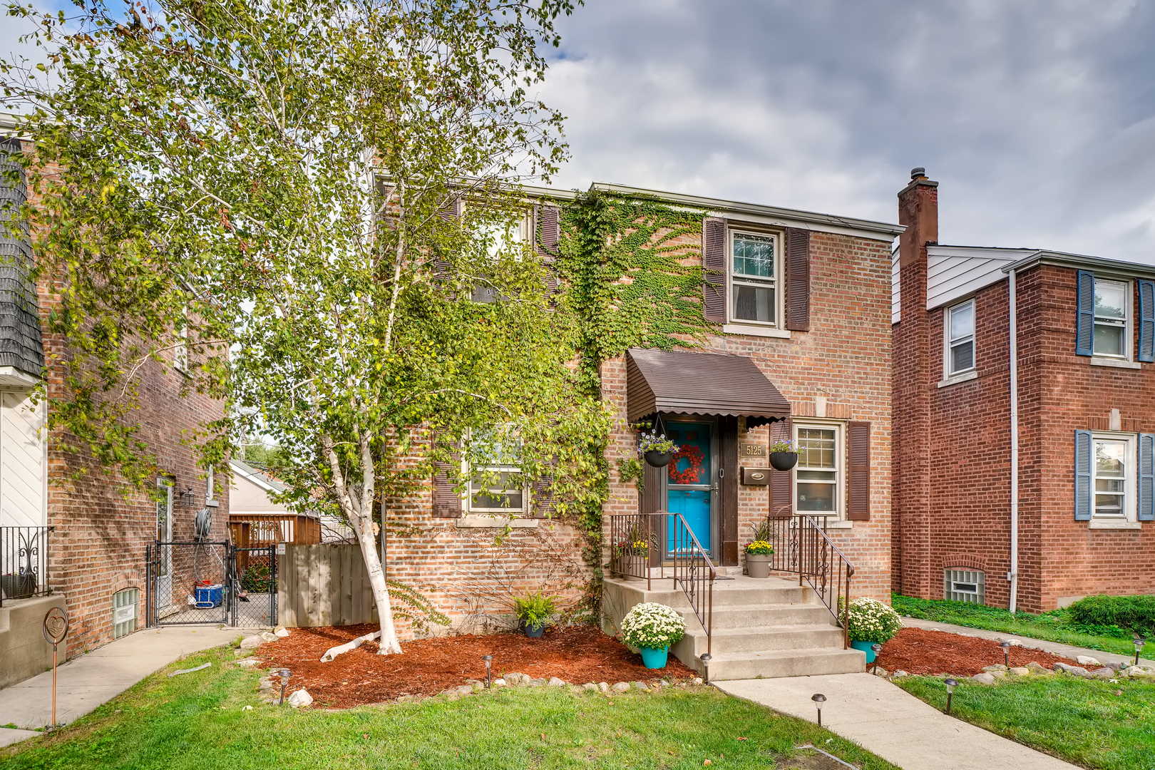 5125 S Mayfield Avenue, Chicago, IL 60638