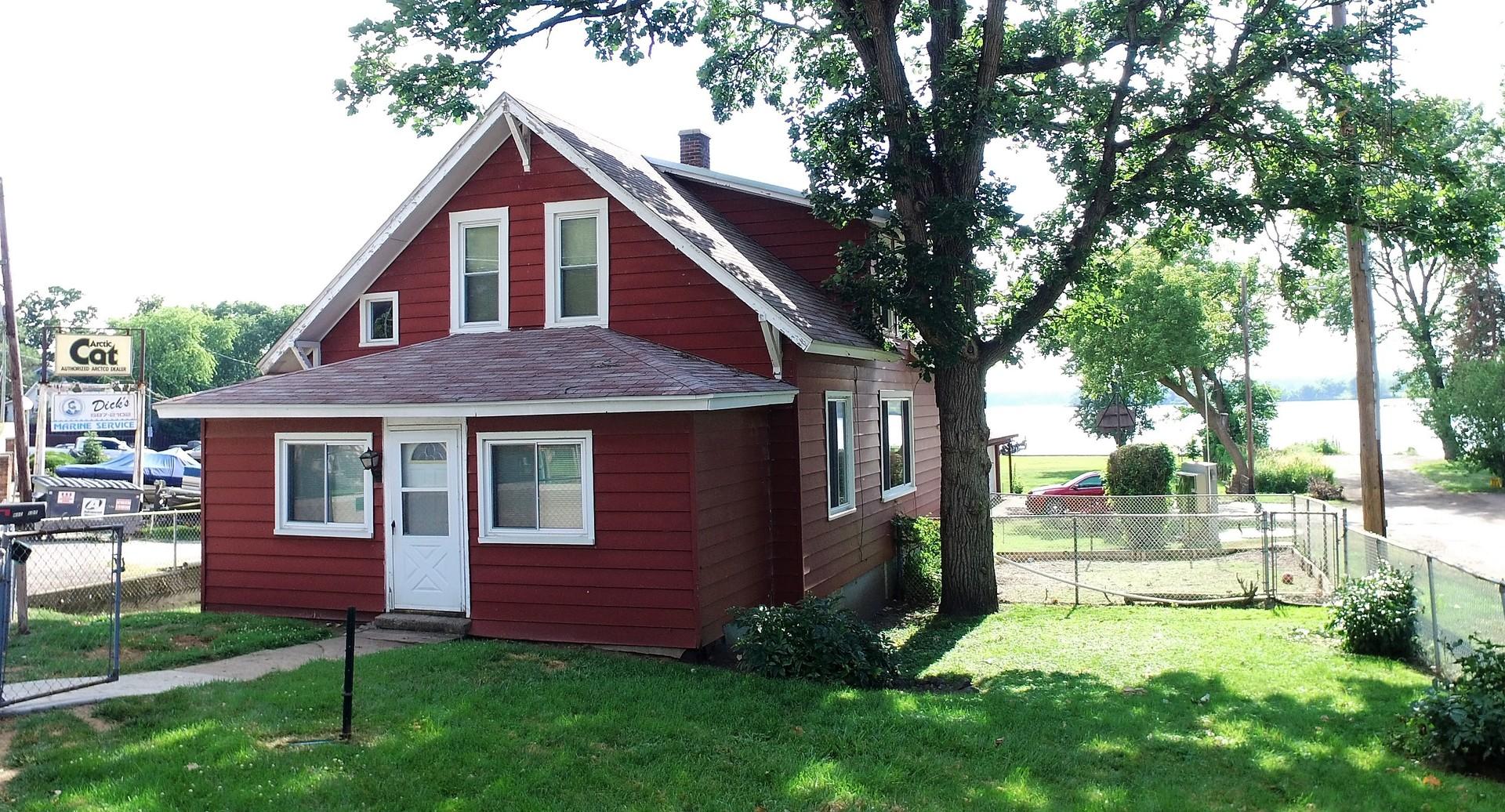 34 N Pistakee Lake Road, Fox Lake, IL 60020