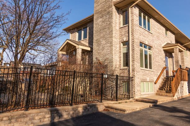 241 Jeffreys Place, Highwood, IL 60040