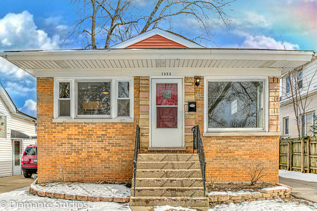 1933 S 20th Avenue, Maywood, IL 60153