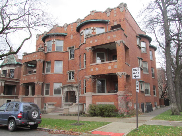 2934 W Logan Boulevard, Chicago, IL 60647