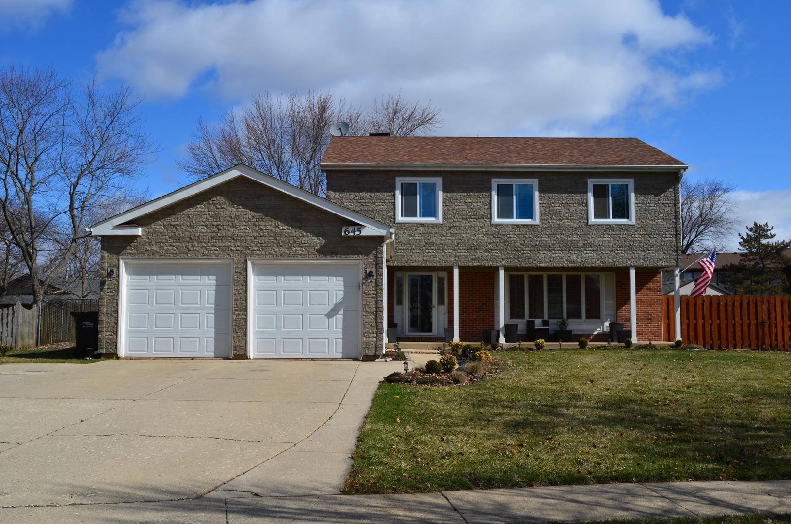 645 Darlington Lane, Crystal Lake, IL 60014