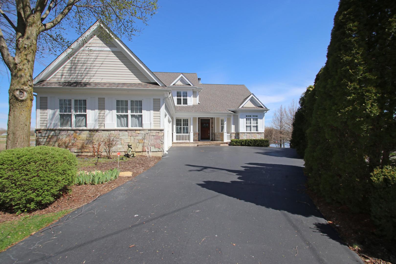 40535 N Fairview Street, Antioch, IL 60002