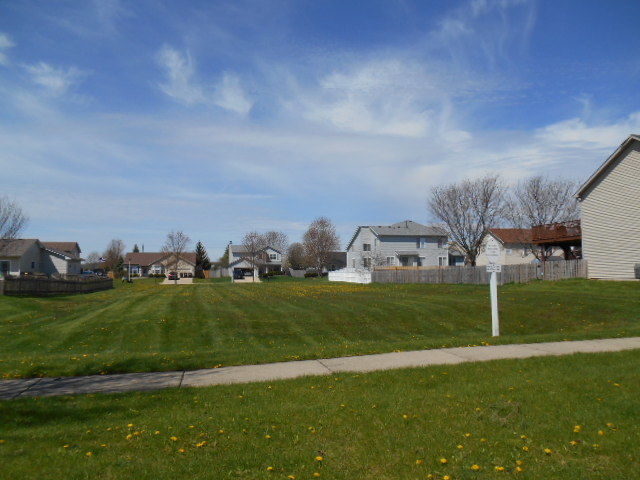 716 Wimbleton Trail, Mchenry, IL 60050