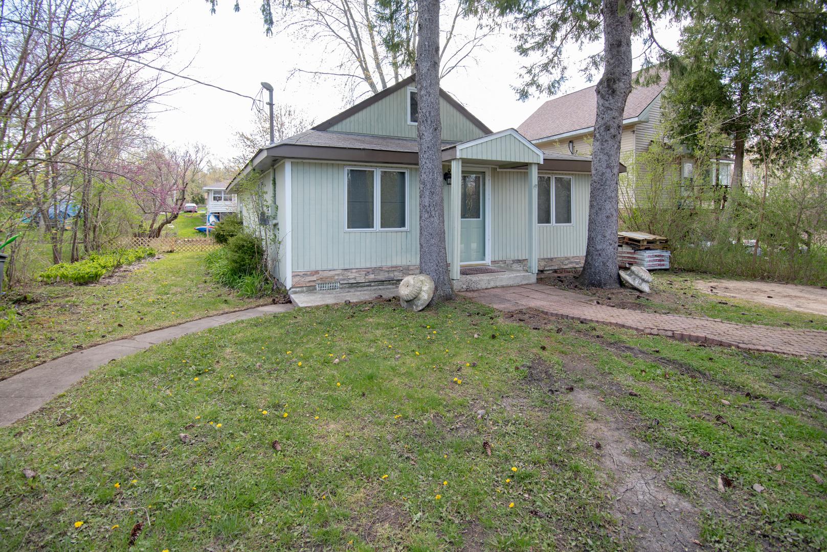 42388 N Willow Street, Antioch, IL 60002