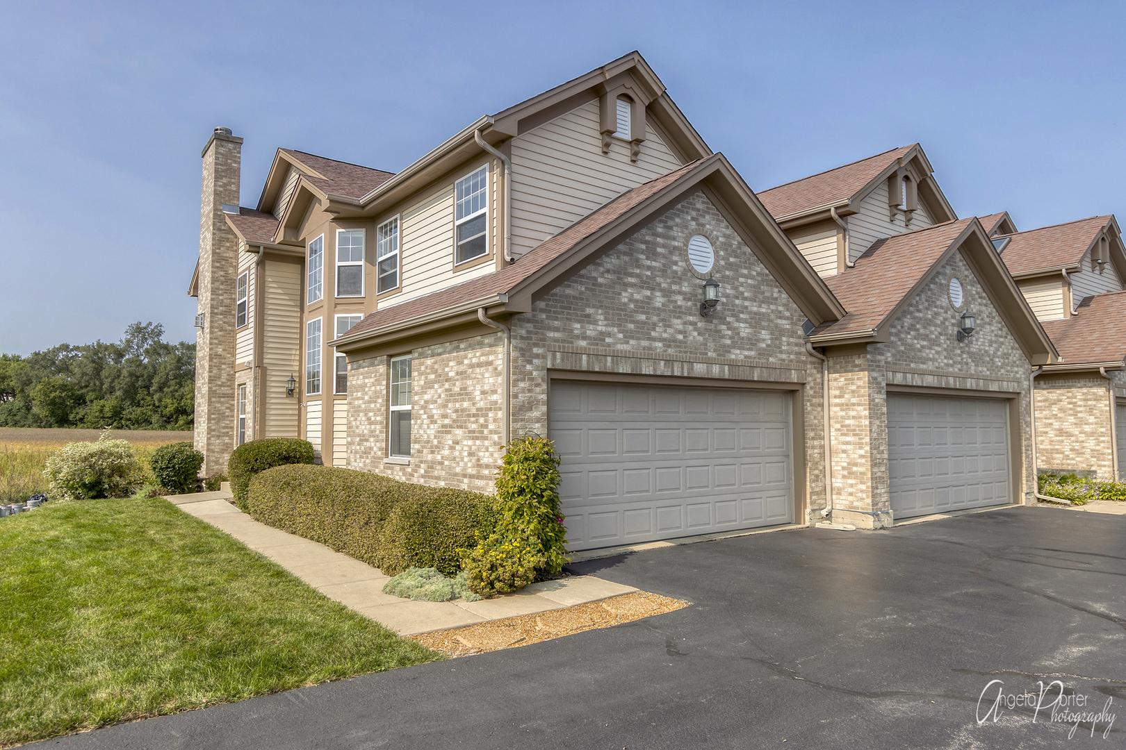 648 Kresswood Drive, Mchenry, IL 60050