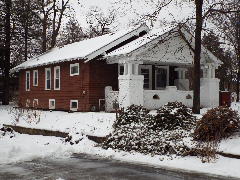 429 Lincoln Avenue, Fox River Grove, IL 60021