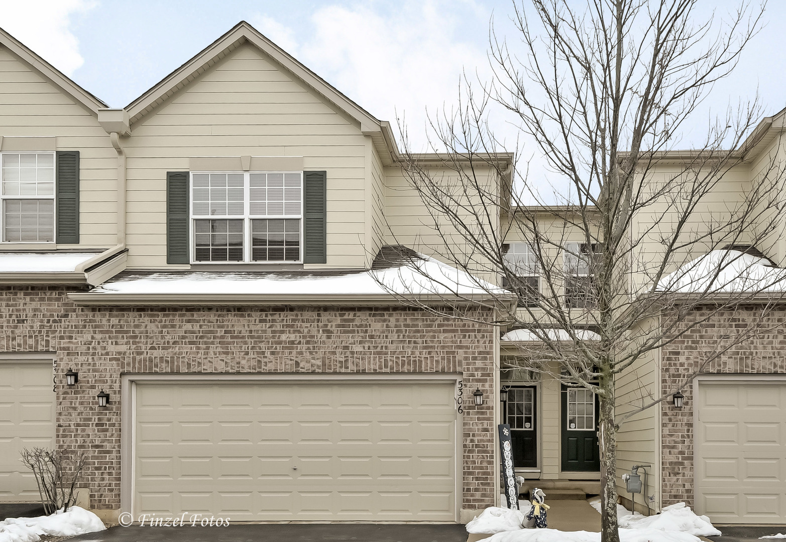 5306 Cobblers Crossing, Mchenry, IL 60050