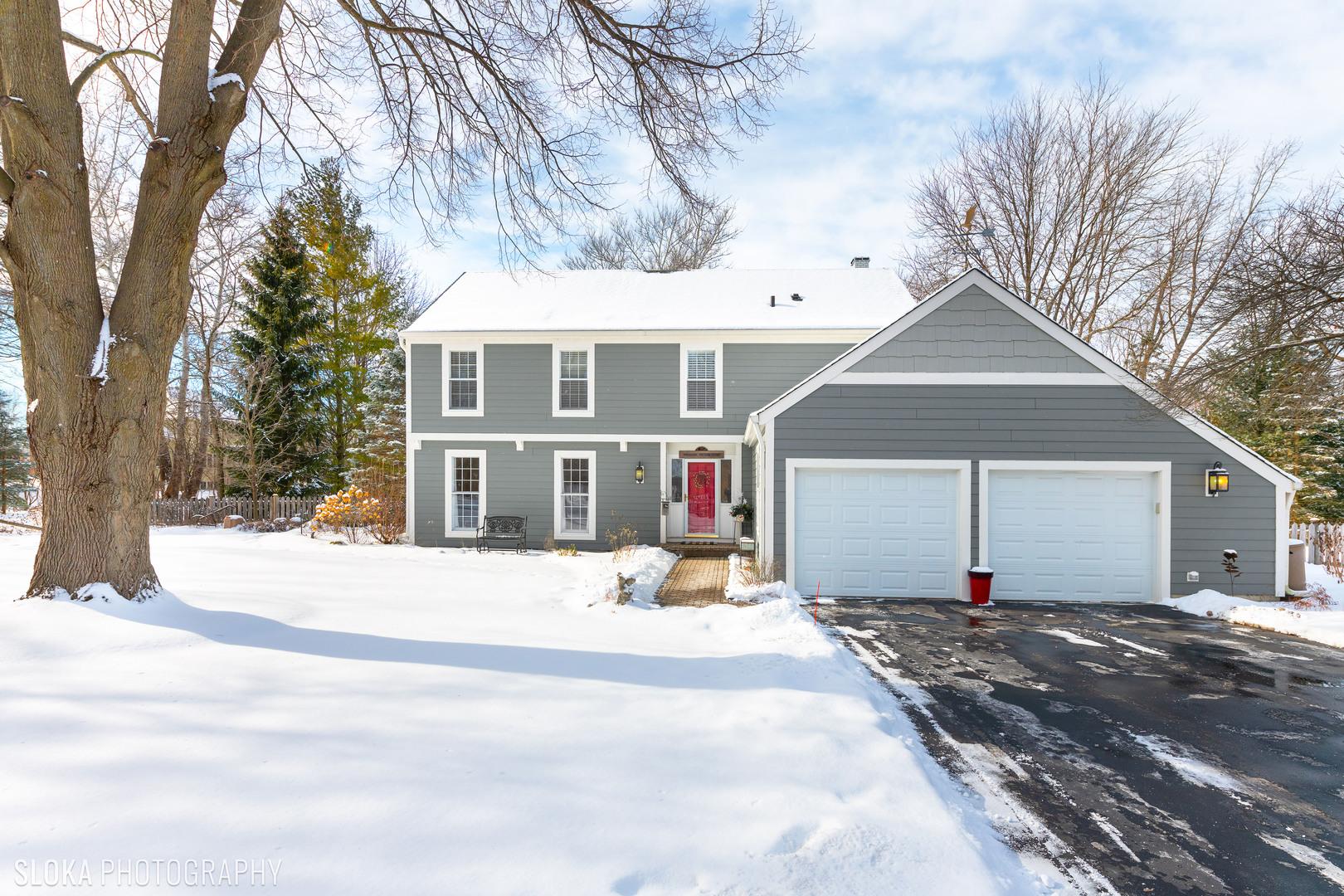 494 Warwick Lane, Lakewood, IL 60014