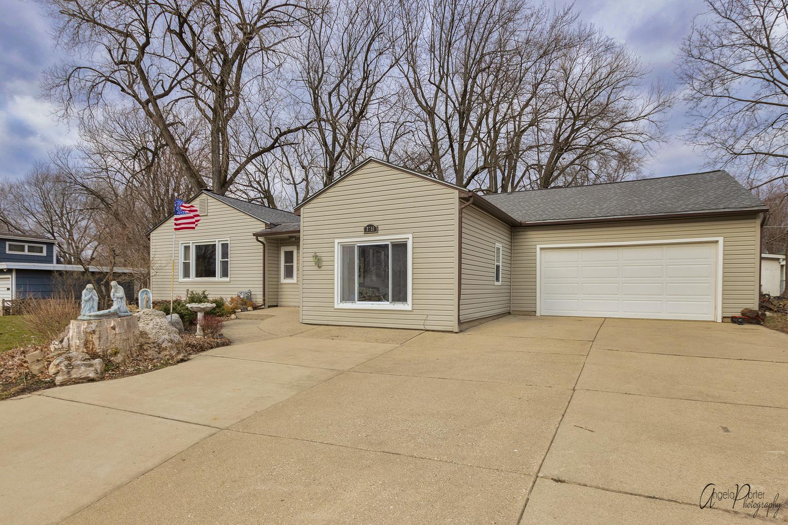 3710 Freund Avenue, Mchenry, IL 60050