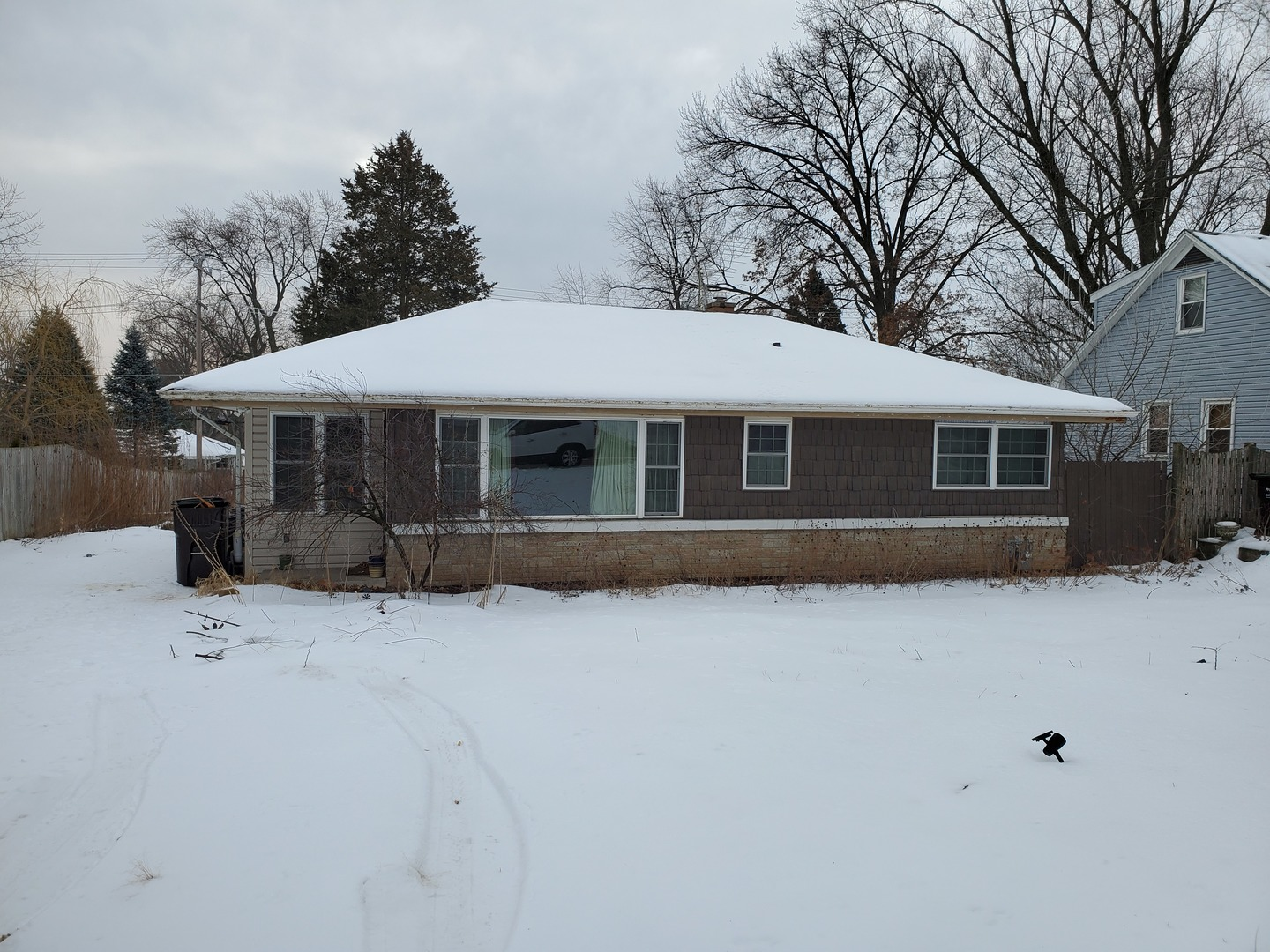 4211 South Street, Mchenry, IL 60050