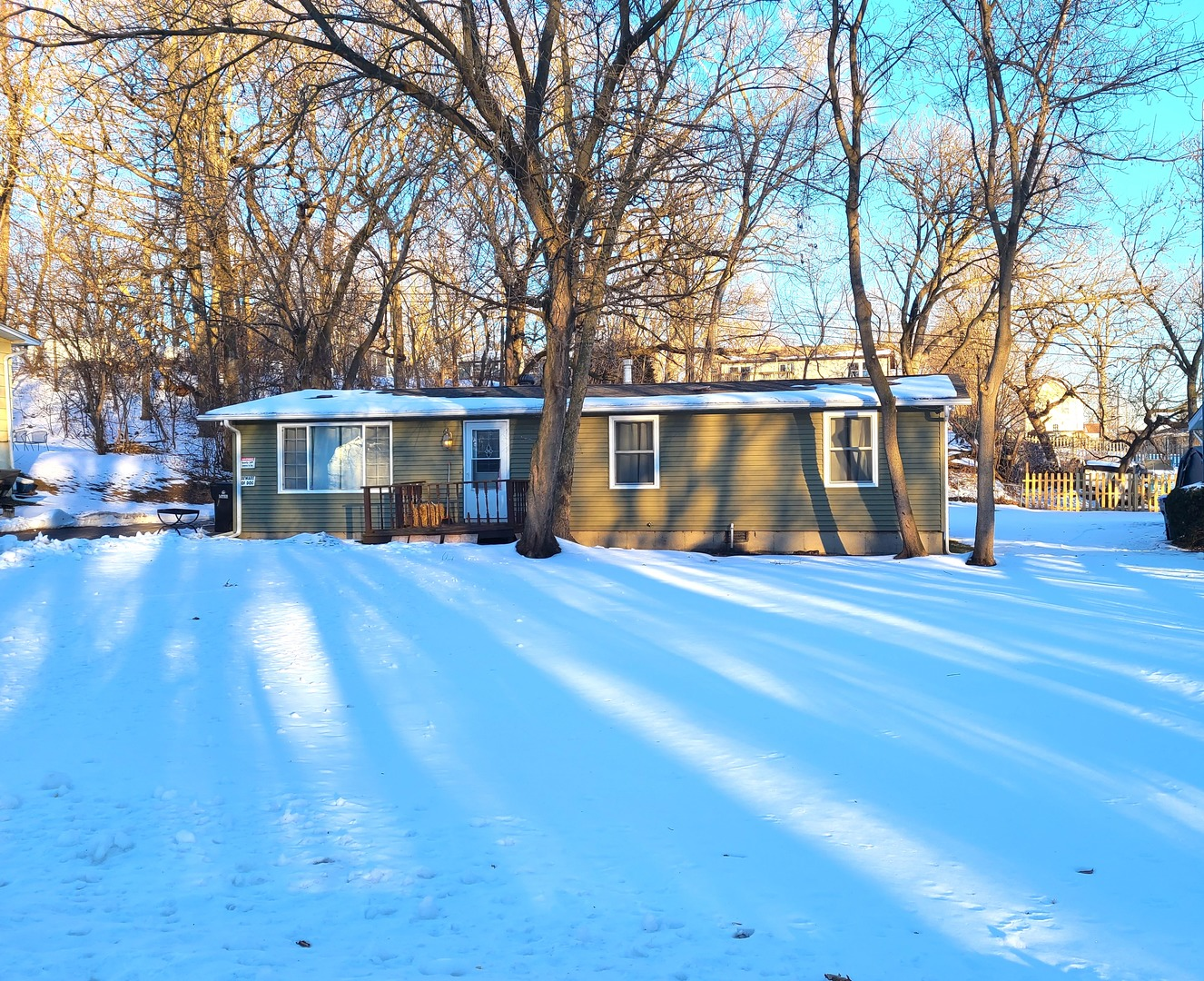 5204 Memory Trail, Mchenry, IL 60051