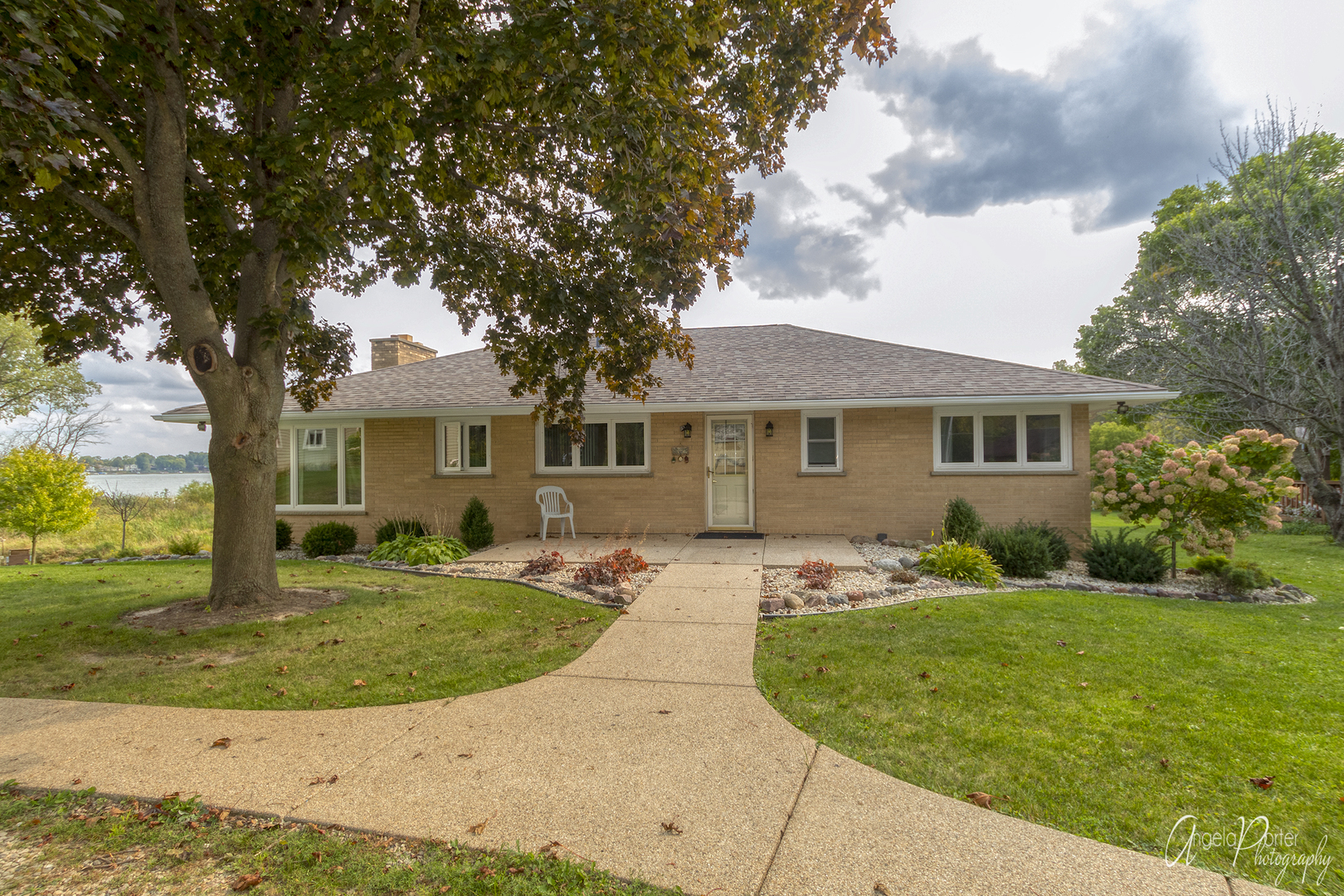 26177 Sunset Road, Antioch, IL 60002