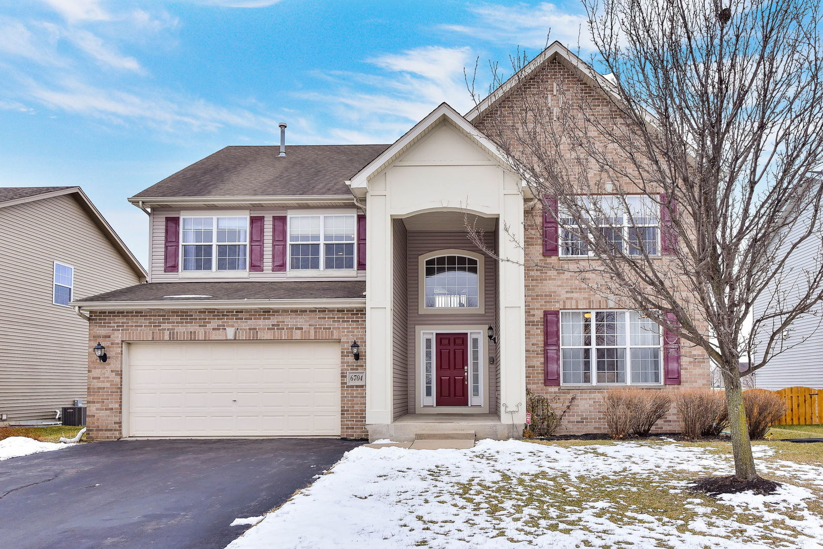 6704 Mountain Ridge Pass, Plainfield, IL 60586