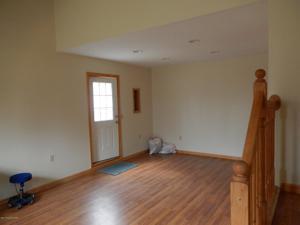 144 Lower Notch Rd, Albrightsville, PA 18210