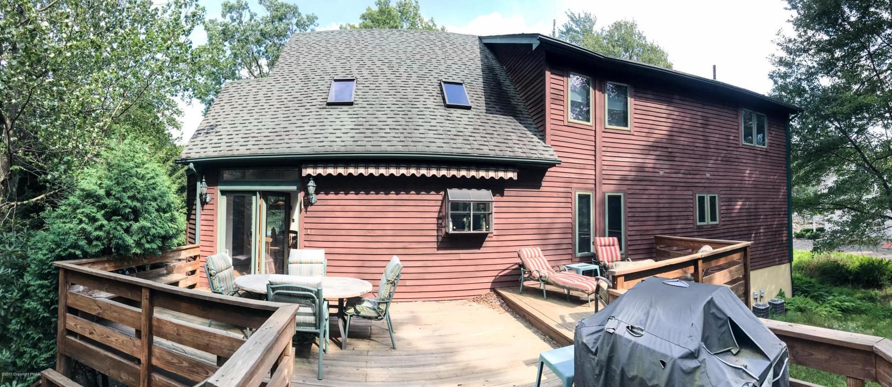 37 Kent Clarke Rd, Lake Harmony, PA 18624