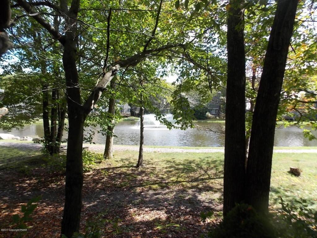144 Mill Run, Lake Harmony, PA 18624