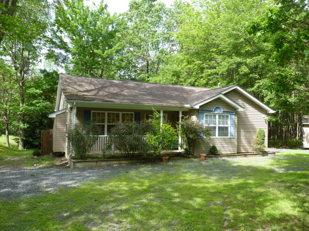 158 Fern Ridge Road, Blakeslee, PA 18624