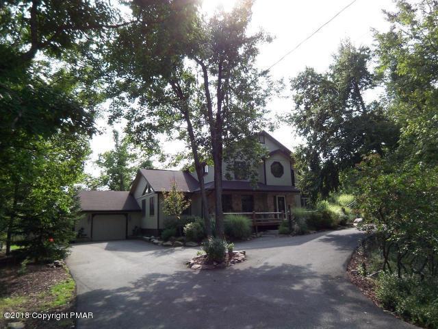77 Chestnut Rd, Lake Harmony, PA 18624