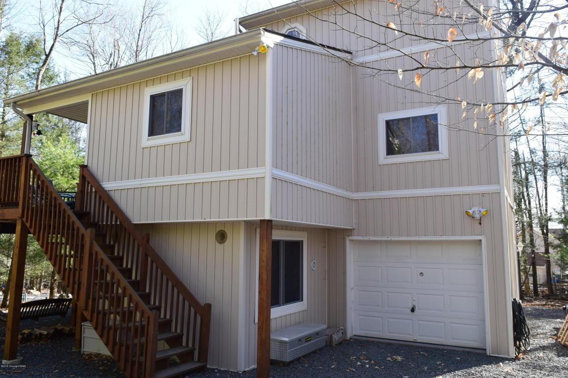 302 King Arthur Rd, Pocono Lake, PA 18347