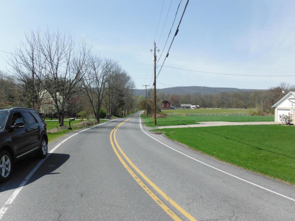 Lake Minsi Dr, Upper Mt. Bethel, PA 18013