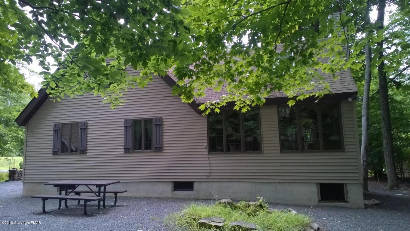133 Tomhickon Trl., Pocono Lake, PA 18347