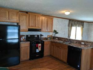 2 Valley Gorge Mobile Home Park St, White Haven, PA 18661