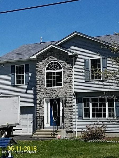 1145 Glade Dr, Long Pond, PA 18334