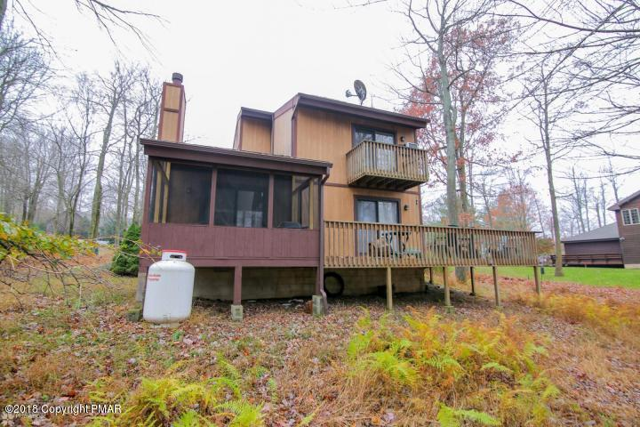 11 Matz Pass, Lake Harmony, PA 18624