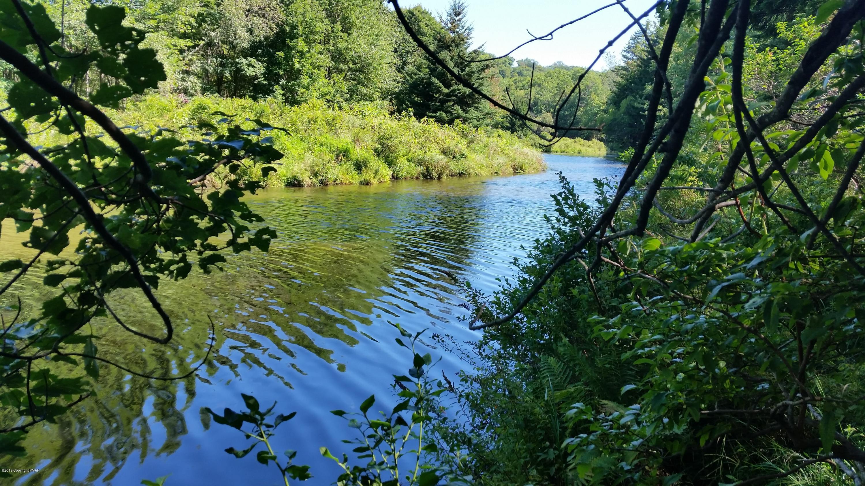 5-68-12 Pontiac Path, Pocono Lake, PA 18347
