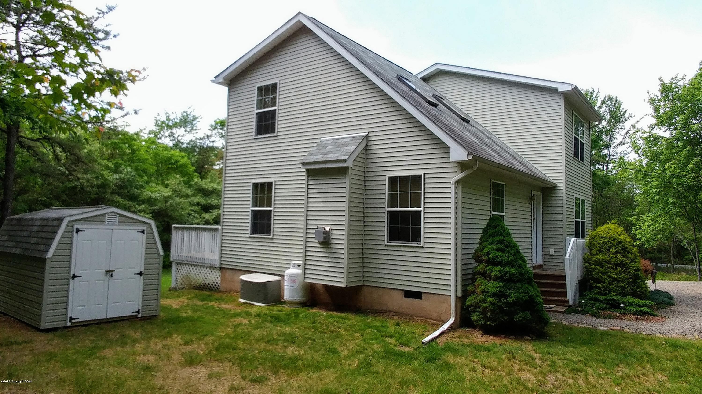 63 Berryman Ln, Albrightsville, PA 18210