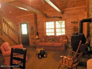 259 Farmers Lane, Pocono Lake, PA 18347