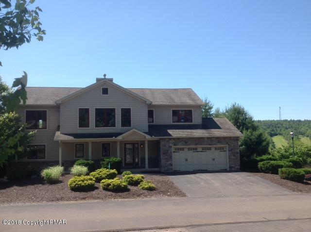 11 Fieldstone Ct, Lake Harmony, PA 18624