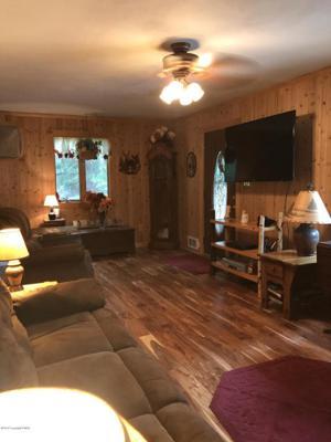 3158 Laurel View Ln, Tobyhanna, PA 18466