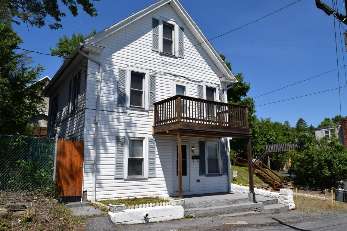 414 West Alley, Lehighton, PA 18235