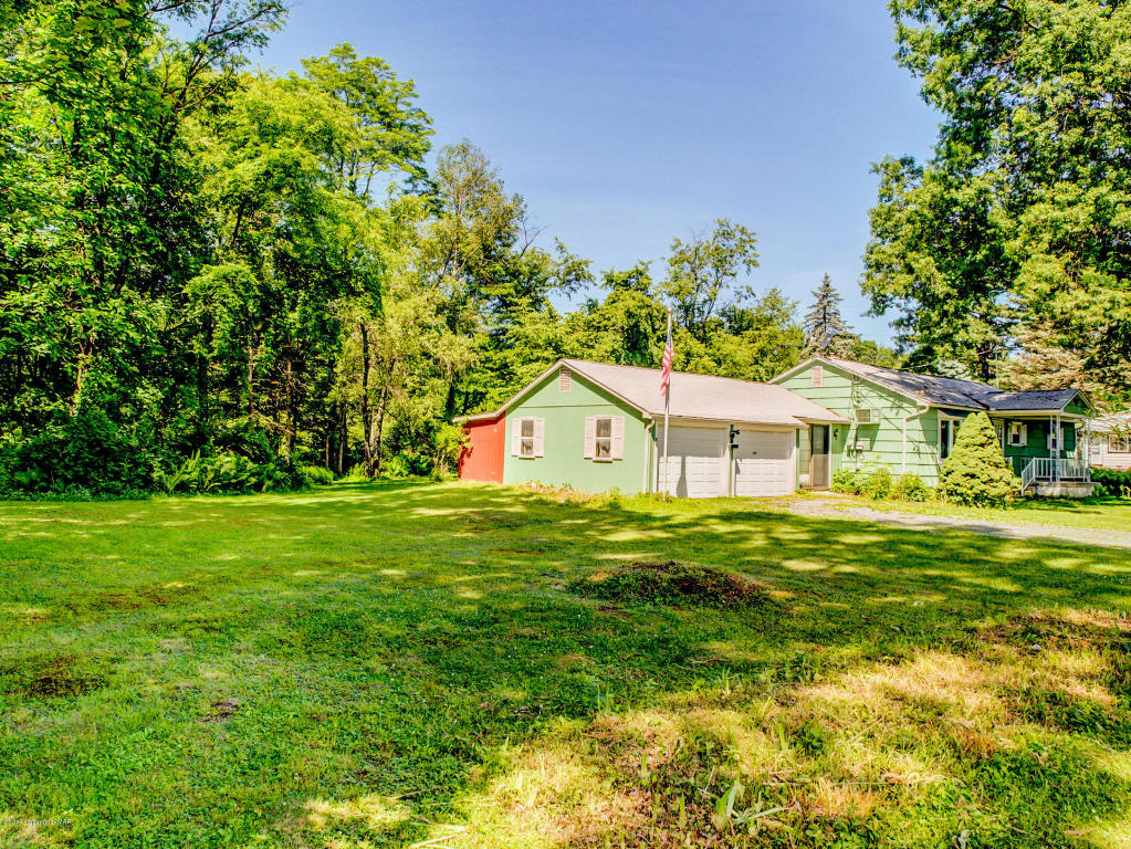 429 Willow St, East Stroudsburg, PA 18301