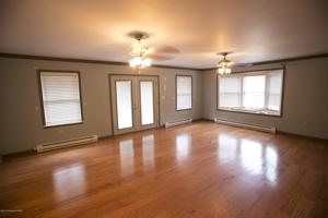 399 Sawmill Rd, Stroudsburg, PA 18360