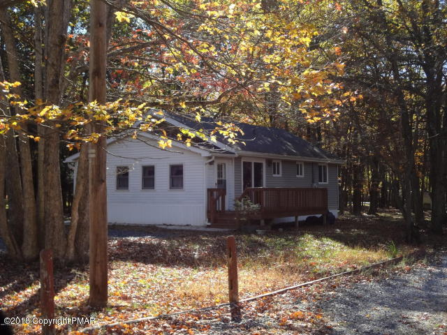 32 Fox Hill Rd, Albrightsville, PA 18210