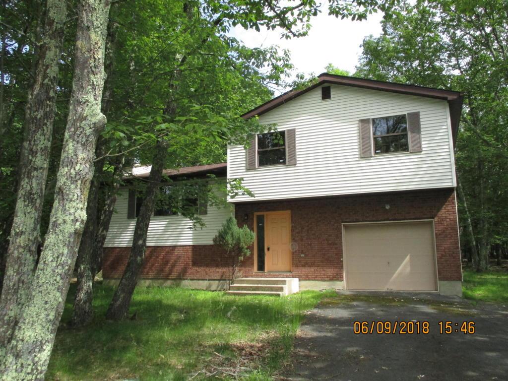 139 Huffman Cir, Bushkill, PA 18324