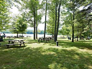 1758 Lake Ln, Pocono Lake, PA 18347