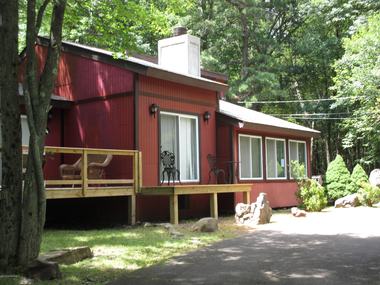 198 Towamensing Trl, Albrightsville, PA 18210