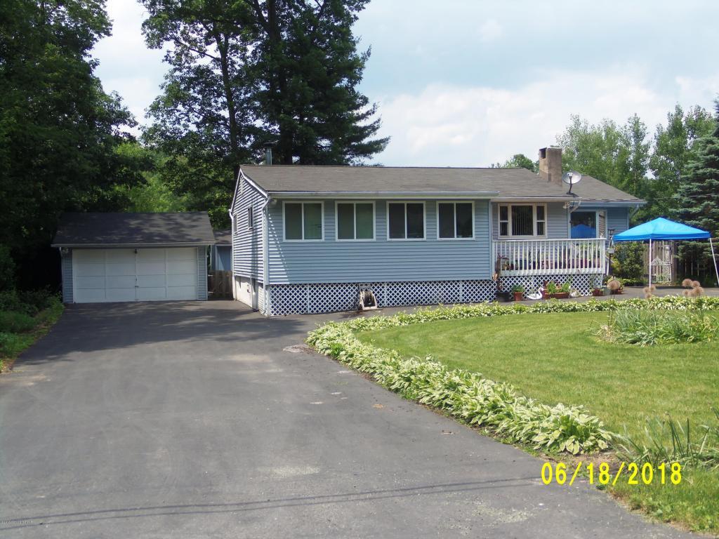 1182 Mattioli Rd, Bartonsville, PA 18321