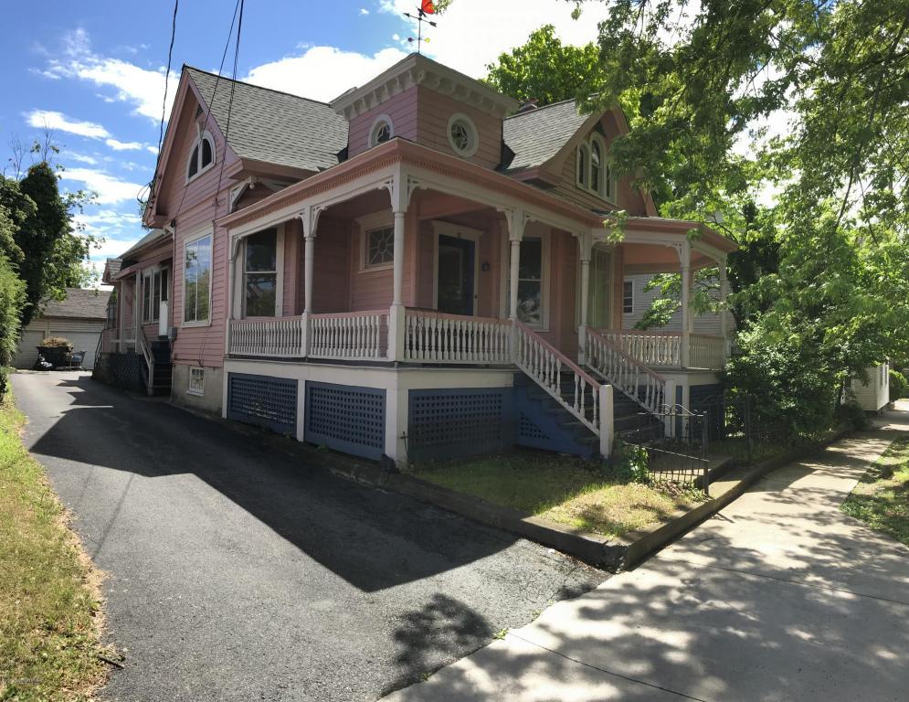 18 S 8th St, Stroudsburg, PA 18360