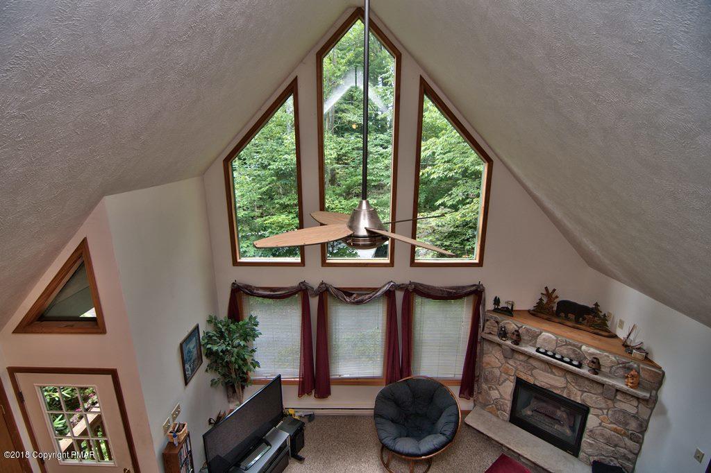 4146 Hemlock Trail, Pocono Pines, PA 18350
