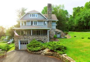 664 Griscom Road, Buck Hill Falls, PA 18323