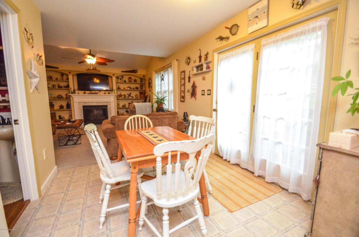 213 Pine Valley Road, Hazle Township, PA 18202